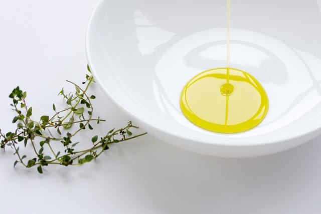 アロマテラピーの味方♡キャリアオイル(植物油)とは?種類と選び方